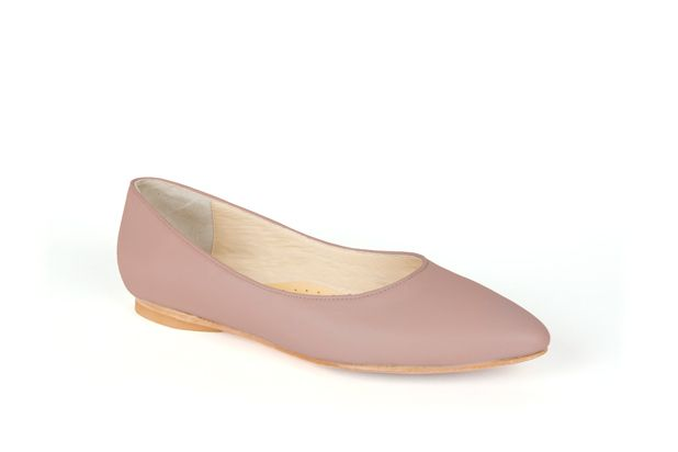 The Classic Point by Poppy Barley Made to Measure, in Plum Nude. #Customize your leather colours and hardware. #Handcrafted to your measurements. #Flats #BalletFlats poppybarley.com