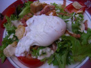 salad lyonnaise et quennelles