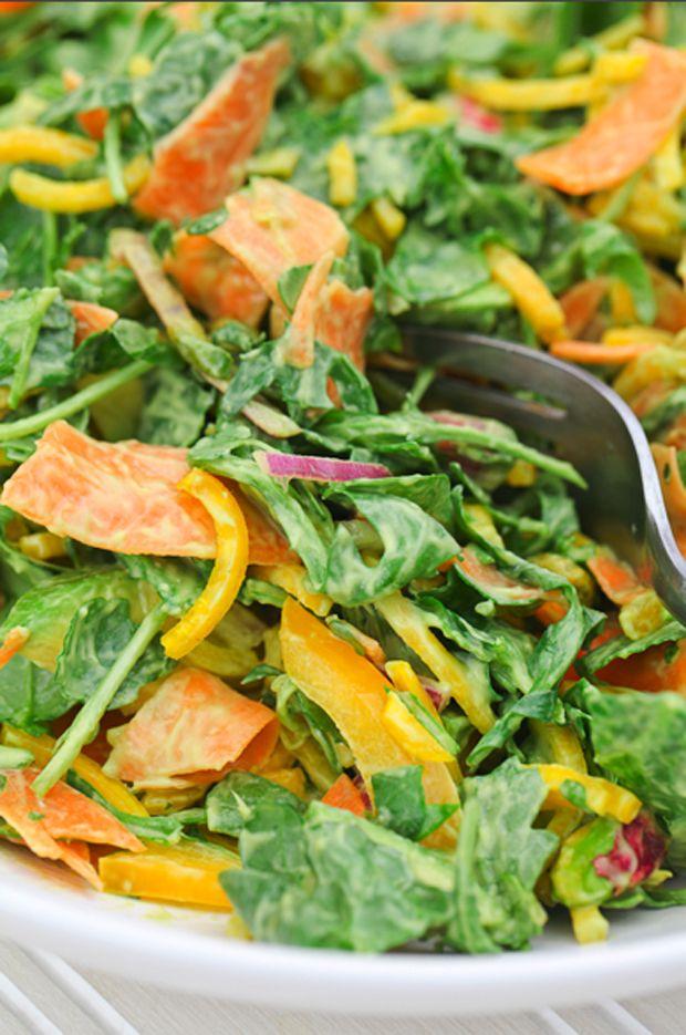 Uma salada fácil, saborosa e muito nutritiva. Aprenda a fazer…
