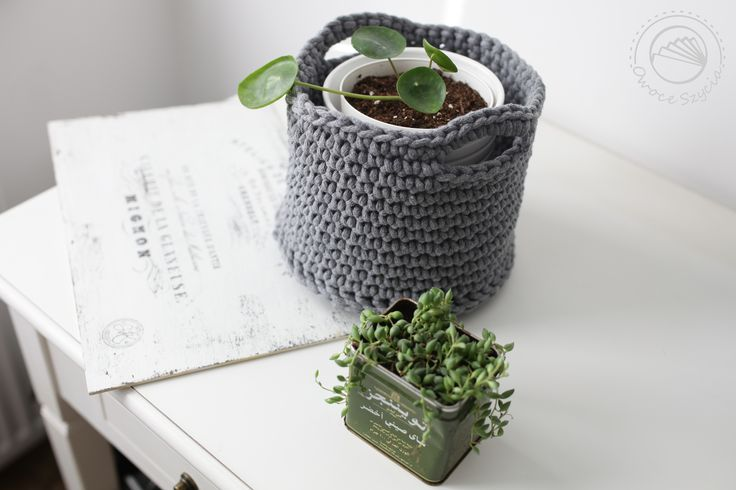Succulents: Pilea & Stringofpearls. Crochet basket made by #owoceszycia ;)