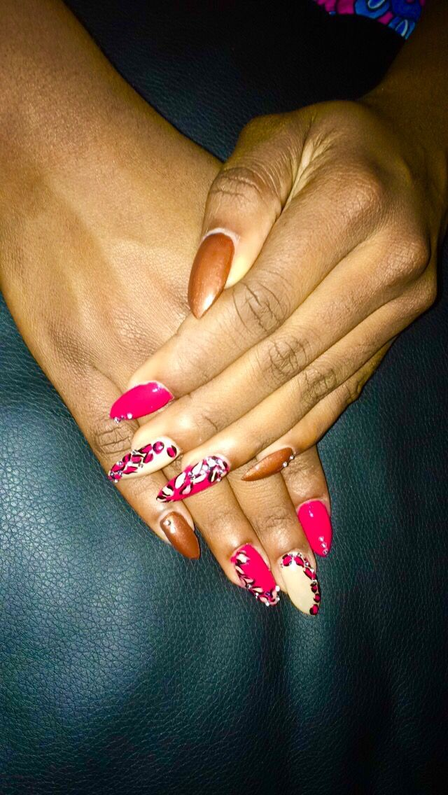 Nails #Print #Pink #Brown