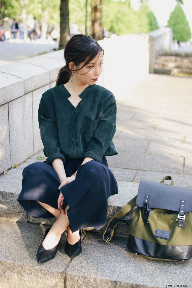 Japanese Fashion Blogger xoxoHilamee |  日本人ファッションブロガー: OOTD | Re:editのコーデュロイスキッパーシャツを襟抜きで着る大人カジュアルコーデ Shop Alice's Pig wide leg kimono culottes here... https://www.alicespig.com/products/culottes-red-modern-edge?utm_content=bufferf1a0b&utm_medium=social&utm_source=pinterest.com&utm_campaign=buffer