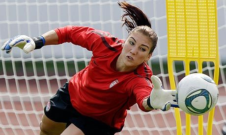 hope solo action shots   Hope Solo, helpfully in action rather than frozen in carbonite like ...