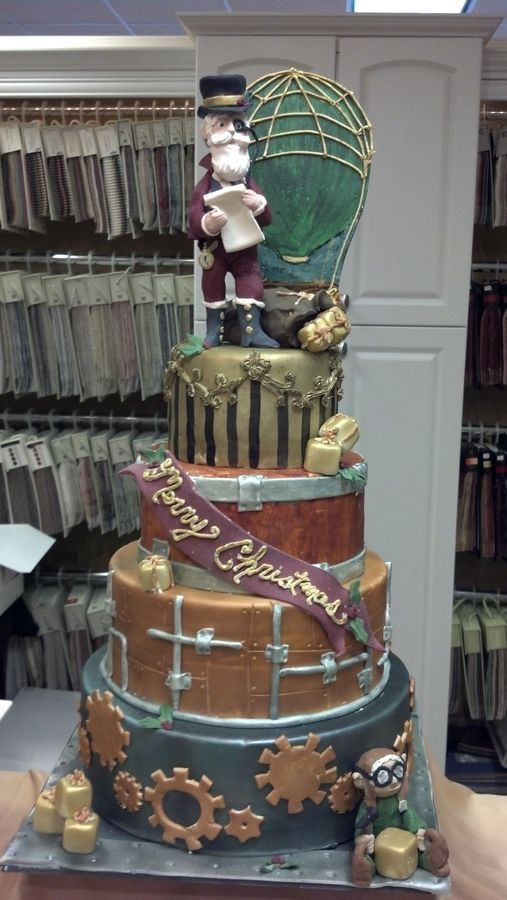 Steampunk Christmas cake. Cool, on so many levels... Except Santa has to be plumper than that!