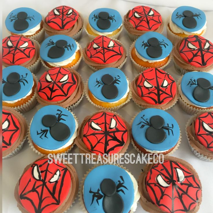 #Spider-Man #cupcakes #vanilla with #buttercream icing and #chocolate with #chocolatefudge icing. 💙💙  #southafrica #johannesburg #joburg #sweettreasurescakeco #sweettreasures #cupcaketopper #spiderweb