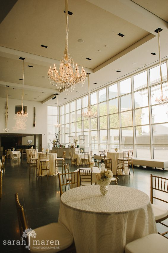 Crocker Art Museum Wedding Photos - cocktail hour in new museum - Sarah Maren Photographers