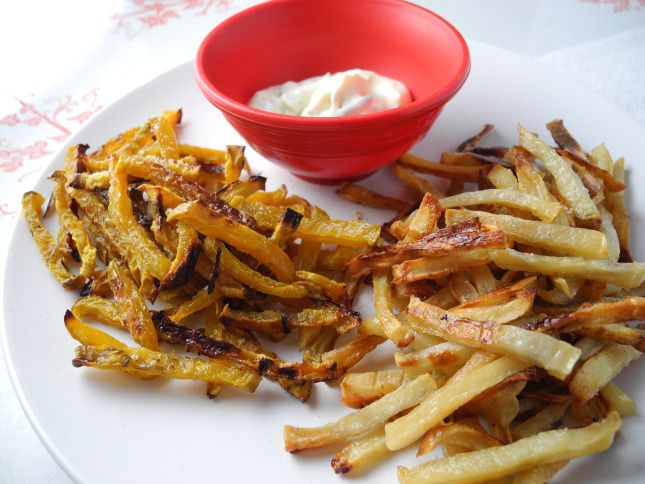 August 12 – National Julienne Fries Day   Foodimentarian   http://foodimentary.com/2012/08/12/august-12-national-julienne-fries-day/