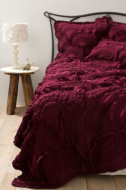 Rivulets Quilt from Anthropologie in wine colour. #Marsala #Pum #Colour #Colouroftheyear #Pantone