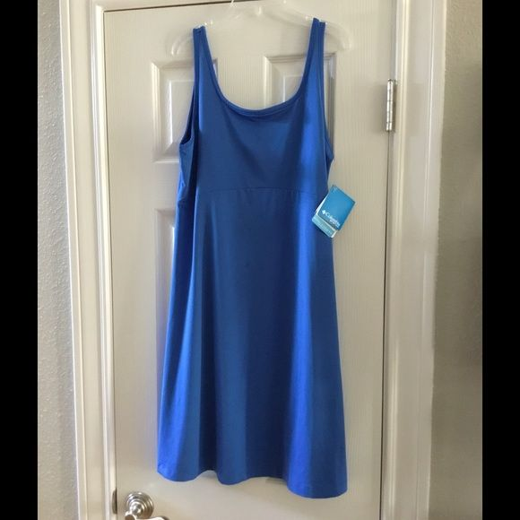 NWT Athletic dress Blue dress perfect for spring/summer Columbia Dresses