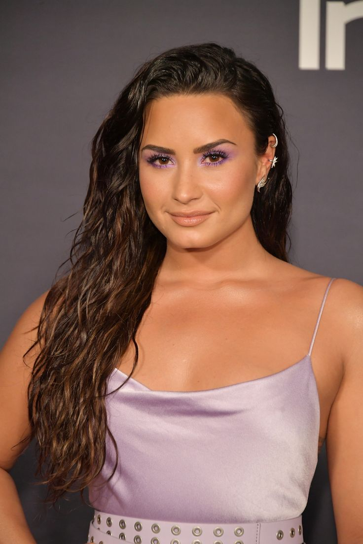 Demi Lovato's close-up at the 2017 InStyle Awards in Los Angeles