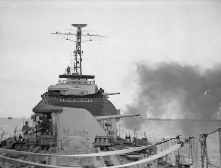 ROYAL NAVY IN ACTION AT SURABAYA. 16 NOVEMBER 1945, SURABAYA. HM SHIPS CAESAR…