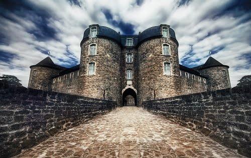 Chateau de Boulogne-sur-Mer Pas-de-Calais, 62200. Also the town's museum. Nord-Pas de Calais, France