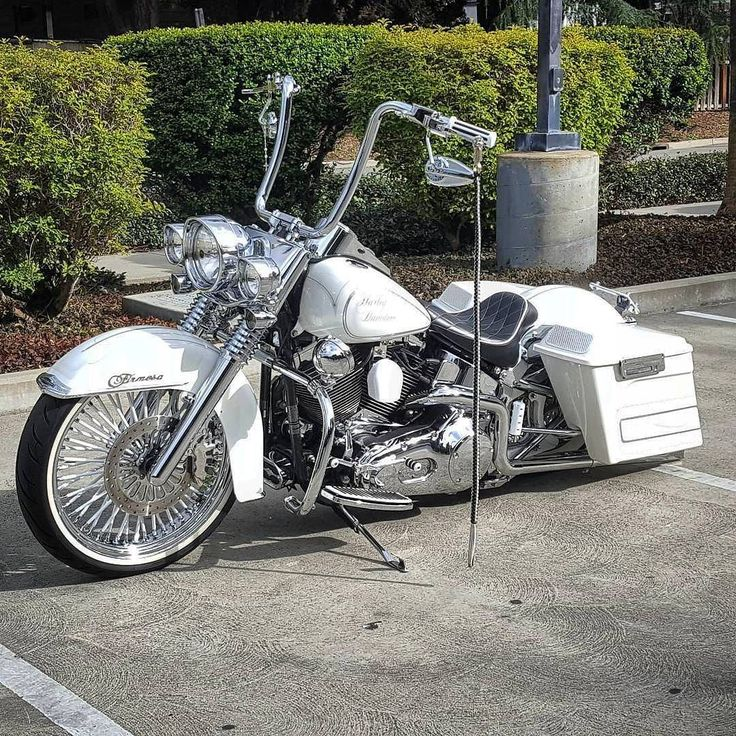 """647 Likes, 3 Comments - HD Tourers & Baggers (@hd.tourers.and.baggers) on Instagram: """"Follow & Tag """"HD Tourers and Baggers"""" on Instagram, Facebook, Twitter & across the Web.…"""""""