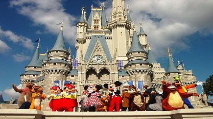I love Walt Disney World! Who doesn't like the magic kingdom?