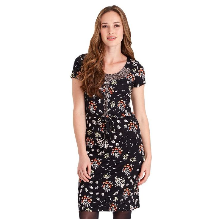 This Joe Browns Floral Print Jersey #dress from @DebenhamsIRE is a great everyday piece for your winter wardrobe that's Influenced by all the colours of autumn 😍
