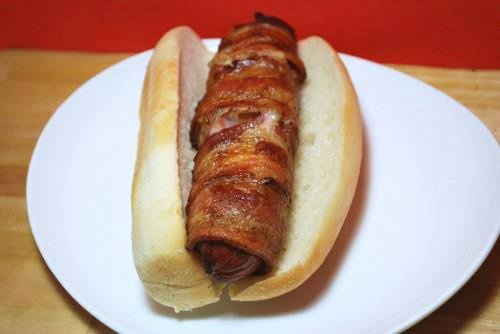 Jersey Breakfast – Hot Dogs With Cheese & Bacon photo credits ...