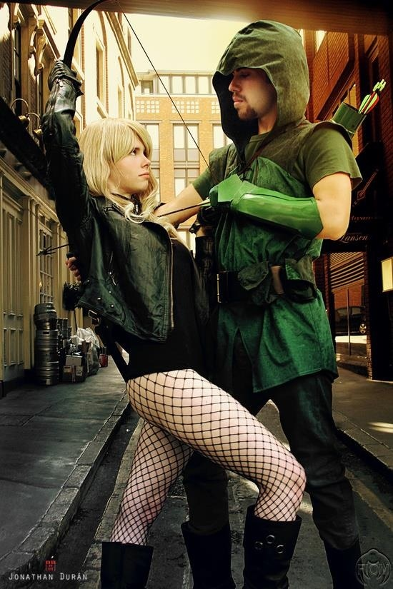 Black canary and green arrow costumes