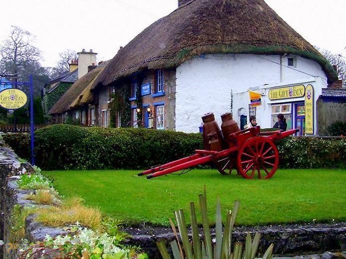 Адэр – #Ирландия #Манстер (#IE_M) С каждым годом желающих посетить старую-добрую Ирландию становится все больше. Оно и понятно - страна самобытная и красивая. И одно из наиболее подходящих мест для знакомства с ее богатой историей, культурой и архитектурой - городок Adare.  #достопримечательности #путешествия #туризм http://ru.esosedi.org/IE/M/1000049212/adyer/