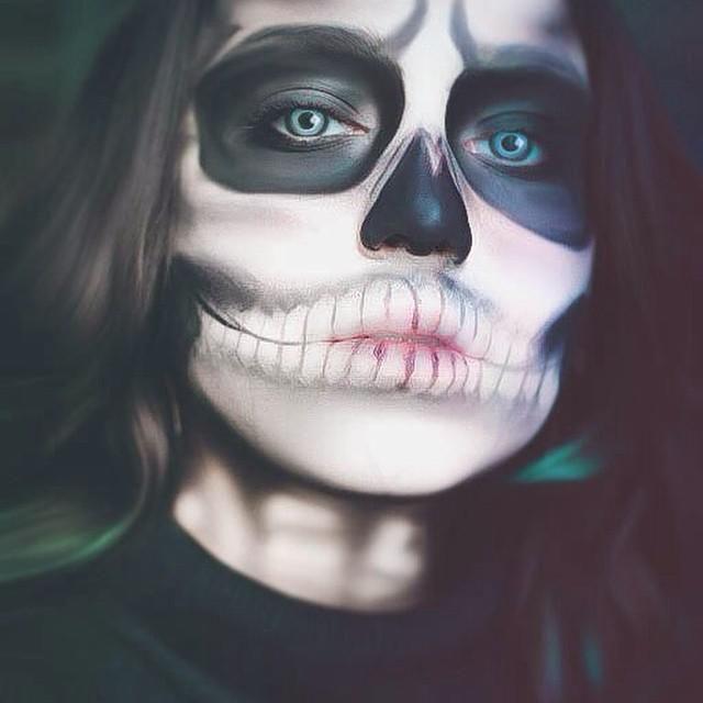 Il trucco per Halloween da scheletro / Speciale Halloween / for you / Home page - Cosmopolitan
