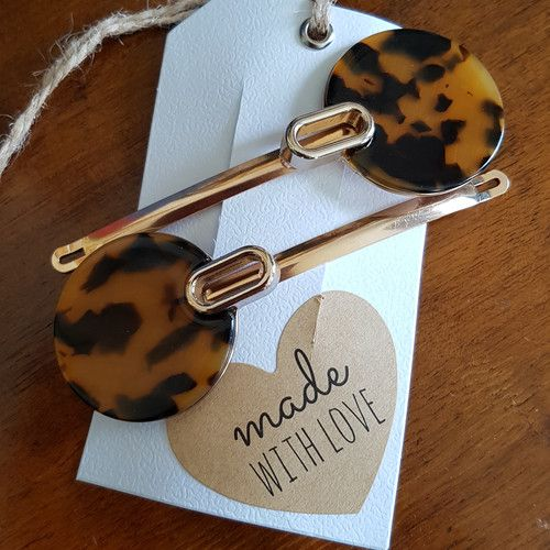 'Listen to Her Roar' set of Extra Large Hair Clips www.madewithlovebybee.com