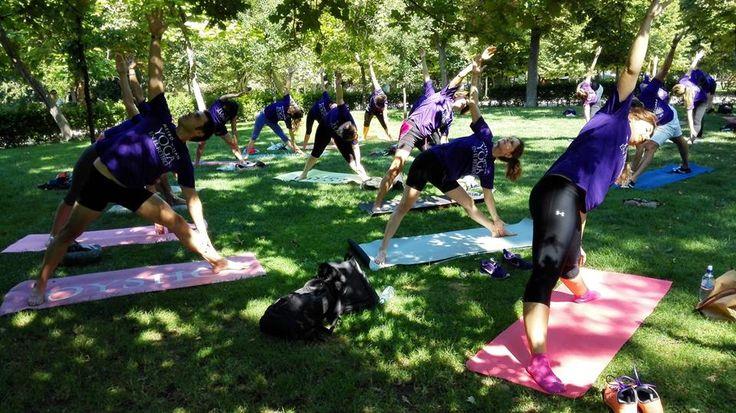 Yoga al aire libre.