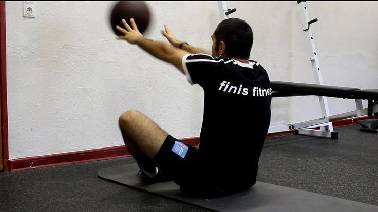 ber ideen zu medizinball auf pinterest medizinball training bung und bauchmuskeln. Black Bedroom Furniture Sets. Home Design Ideas
