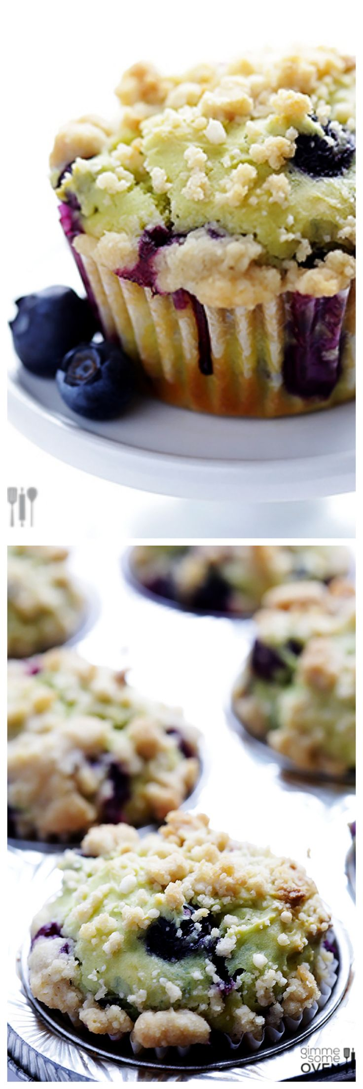 Blueberry Avocado Muffins -- simple to make with avocado used in place of oil | gimmesomeoven.com #breakfast