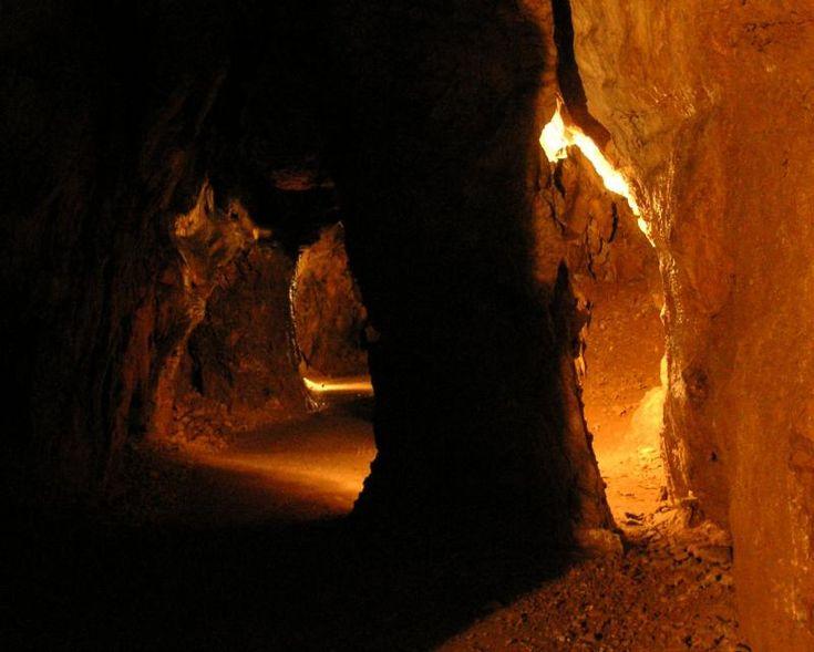 hermannshöhle, kirchberg am wechsel, austria