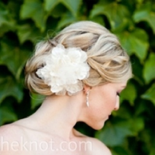 Wish I did my hair like this for prom! Beautiful!