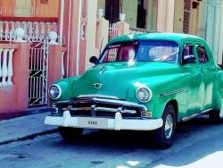 www.tropicalcubanholiday.com classic car old-timer plymouth Havana City Tour