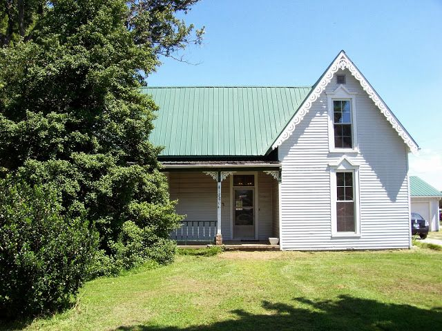 Best Sweet Vintage Of Mine White House Green Metal Roof In 400 x 300