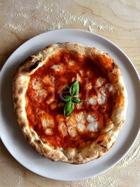 SLELLY: PIZZA TIPO NAPOLETANA A LUNGA LIEVITAZIONE FATTA I...