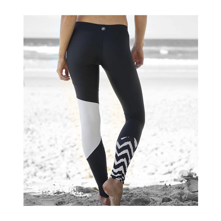 ➳ Wear them from your #yoga mat to the #lineup || #Parlementialeggings #blackandwhite