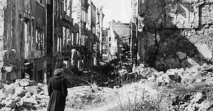 Focus.de - Es geschah nach Kriegsende überall: Trauma Massenvergewaltigung: Wie alliierte Soldaten deutsche Frauen missbrauchten - Trauma Massenvergewaltigung: Wie alliierte Soldaten deutsche Frauen missbrauchten