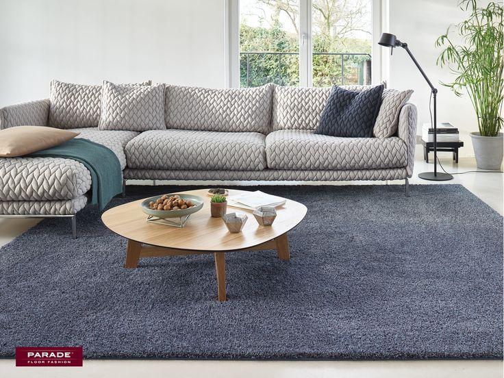 De hoge polen maken dat het tapijt heerlijk zacht aanvoelt en dat het goed past in de woonkamer of slaapkamer. #vloerkleed #desso #rugs #interior #design #vloerkledenloods #livingroom #livingroomdecors