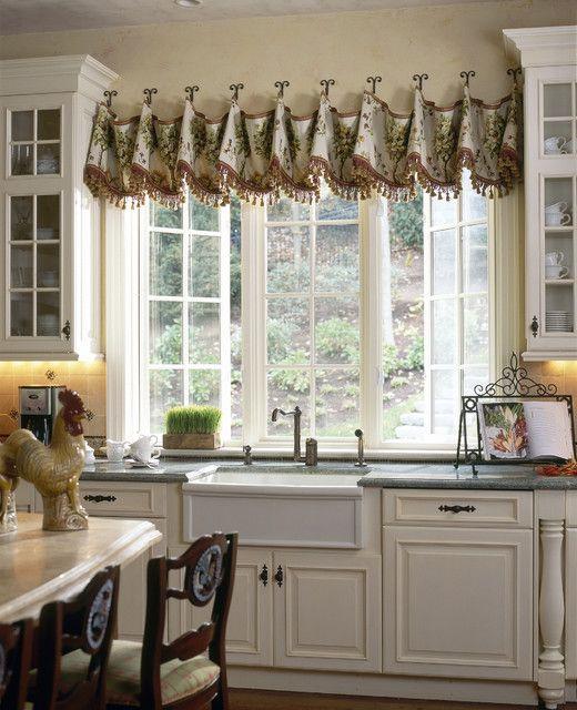 30 impressive kitchen window treatment ideas - Kitchen Window Valance Ideas