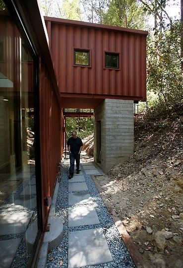 Join the fast growing shipping container homes community. It is FREE  cargocontainerhom.