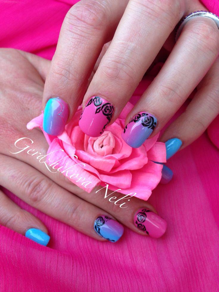 Un tocco di colore fluo per una manicure primaverile!  #primavera #nailart #nail #fiori #rose #unghiecorte #gerdzhikovaneli #gel #shade