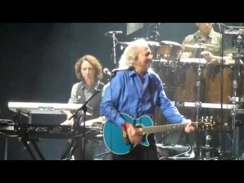 Barry Gibb Staying Alive Melbourne 2013 Rod Laver Arena Bee Gees Live Concert Mythology