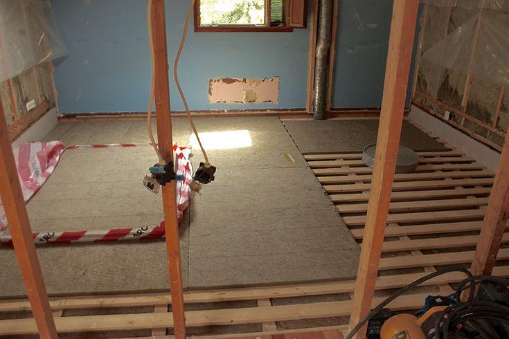 juhan-kotiteatteri-lattiarakenne