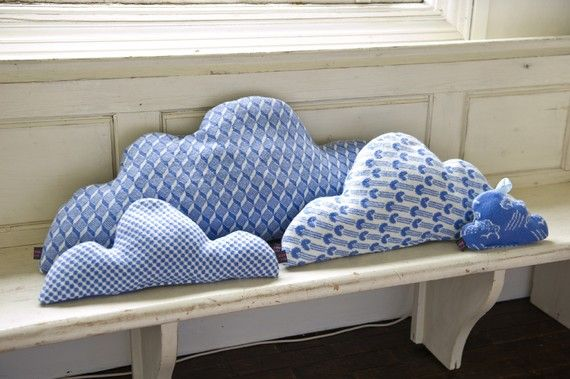 Pretty blue cluster of cloud cushionsKids Beds, Sewing, Clouds Pillows, Decor Ideas, Diy Fashion, Diy Gift, Kids Room, Clouds Cushions, Crafts