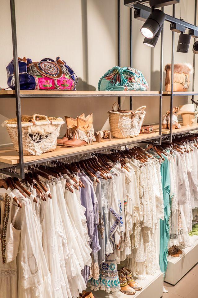 22196f7e5c6c Resultado de imagen para tiendas de ropa estilo vintage minimalista ...