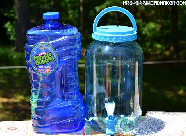 Mrs Happy Homemaker: DIY Bubble Station { Mrs Happy Homemaker }