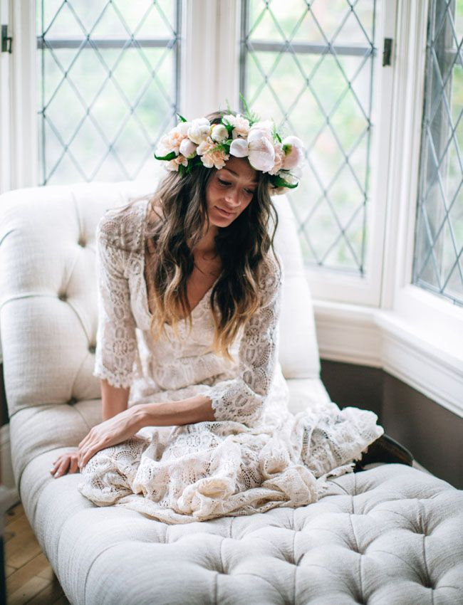 peony flower crown amazingness. And that dress.