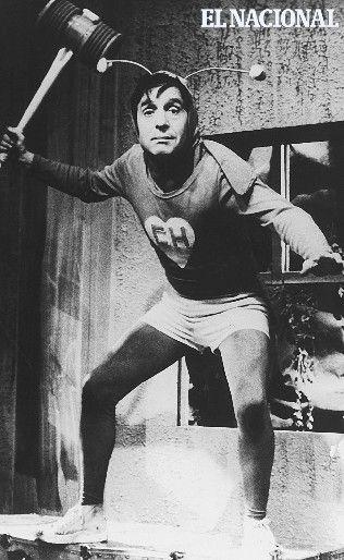 Roberto Gómez Bolaños, mejor conocido como Chespirito. 27-04-1977 (ARCHIVO EL NACIONAL)