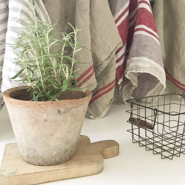 Farmhouse Finds: French Market Baskets and Linen Towels ...