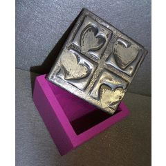 Harts Jewelery box - Handcrafted Pewter Art for R1.00