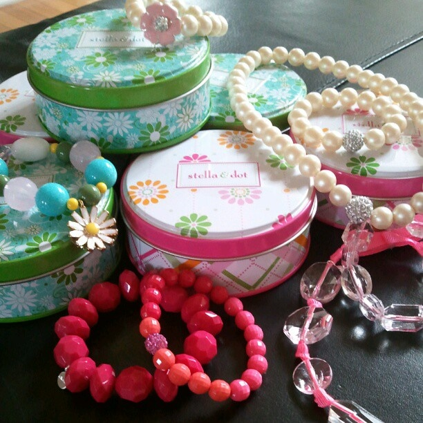 Valentine's Day gift ideas for little girls! Handmade jewels arrive in the cute, keepsake tins.
