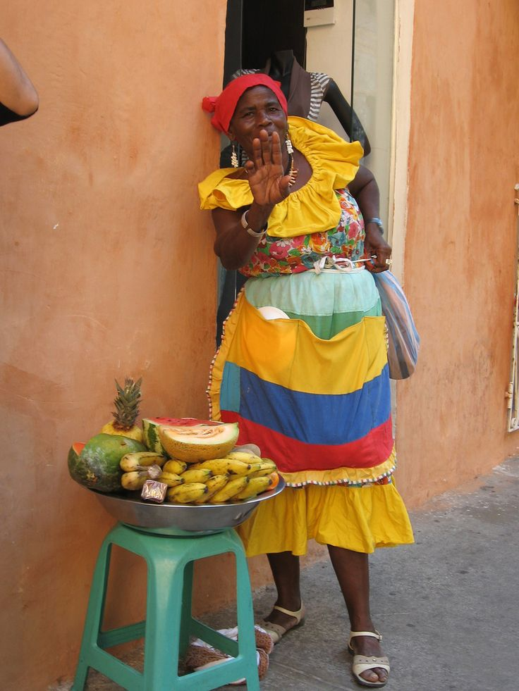 Vendedora de frutas Cartagena Colombia - Afro-Colombian - Wikipedia, the free encyclopedia