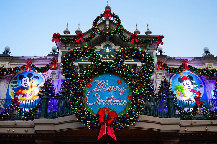 Disneyland Paris pulls out all the stops for the merriest time of year. From its festive decorations on Main Street to hearing Elsa sing in the Princess Promenade to meeting Santa himself, here's your guide to celebrating the Christmas season at DLP.